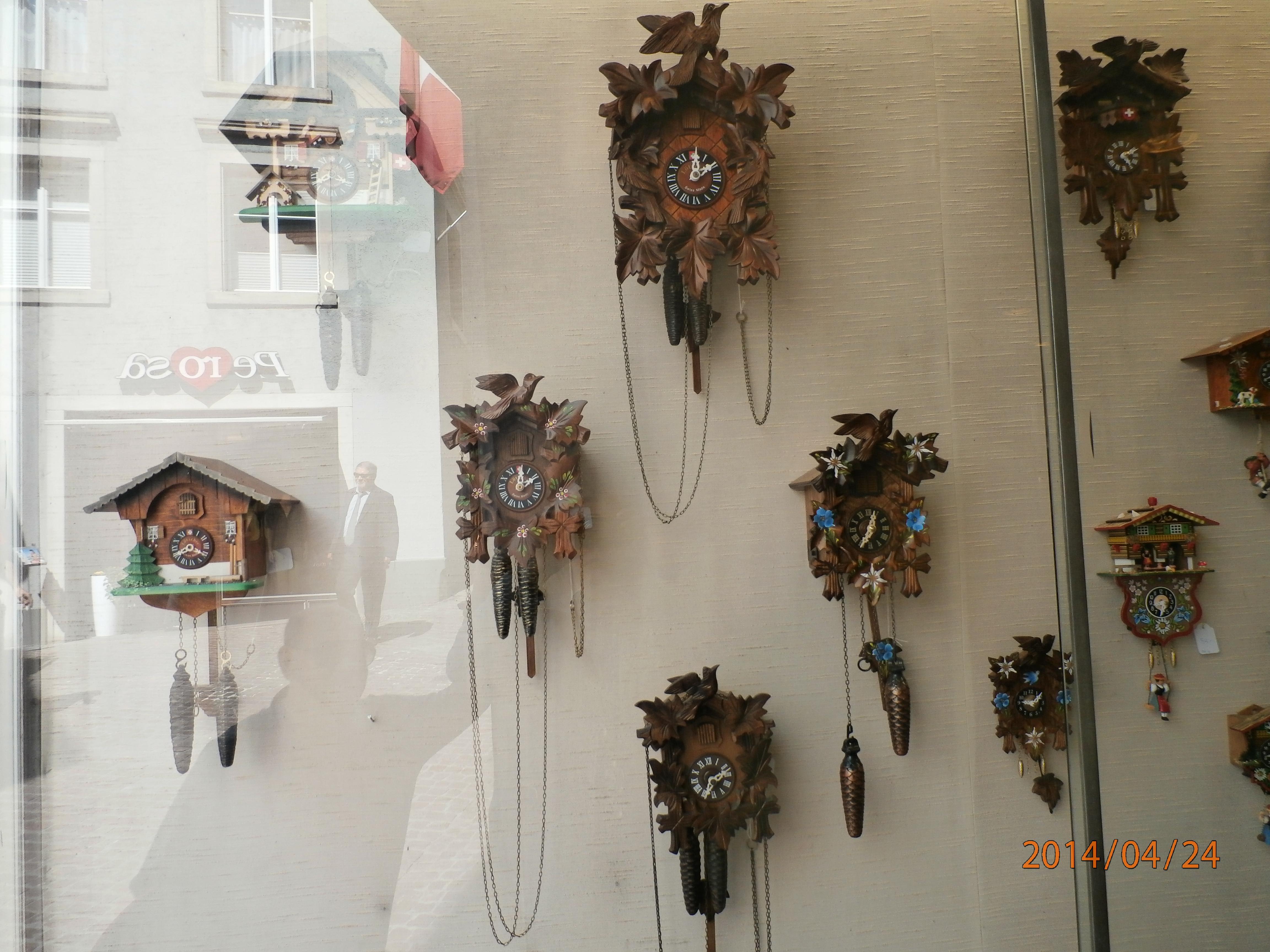 41096772b45 A história do relógio de cuco e o Museu dos Relógios