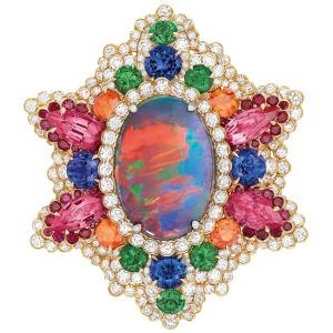 Dear-Dior-Dentelle-Opale-dOrient-ring