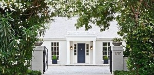 symmetrical-planters-gwyneth-paltrow-brentwood-gardenista_0
