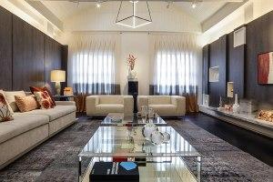 43-living-com-lareira-ambientes-atualizam-o-imovel-centenario-na-casa-cor-parana