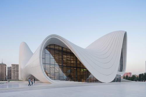 Zaha-Hadid-1-Heydar-Aliyev-Center-Iwan_Baan-500x333