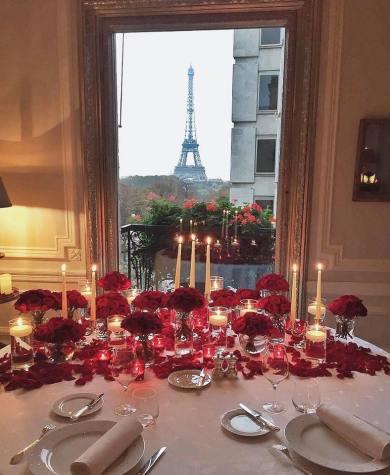 17155281_575713952625920_3908639331076037476_nHôtel Plaza Athènée in the Eiffel Suite in Paris