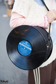 10-reciclar-discos-de-vinil-mala