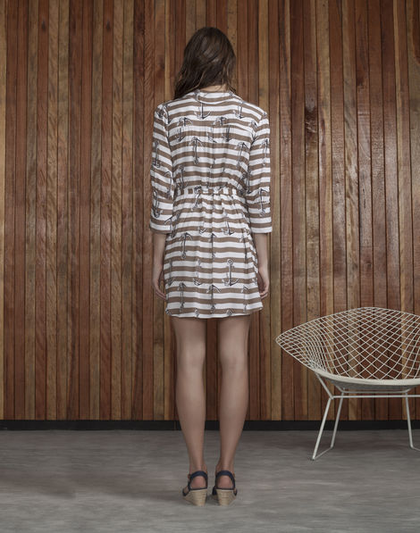 vestido-manga-34-estampado-ancora-L9099-32691D-costas-s1