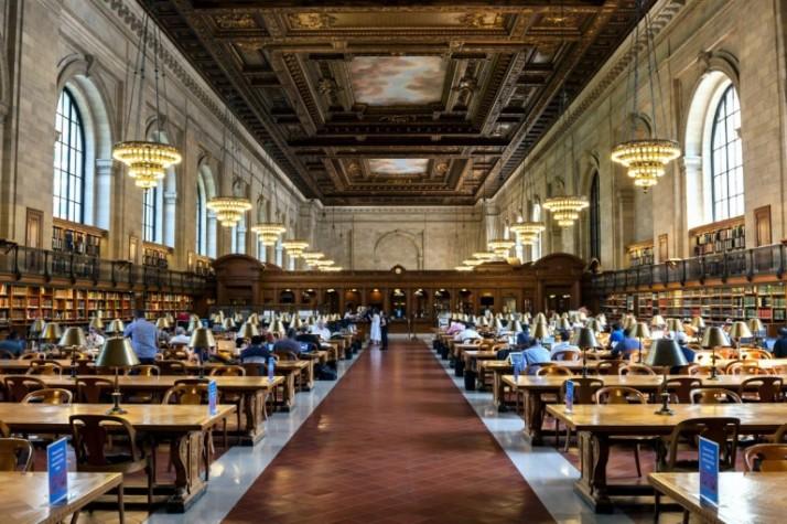 04-new-york-public-library-in-new-york-new-york-usa-768x511