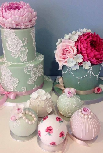 what-wedding-cake-shapes-are-for-you-round-3-338x500