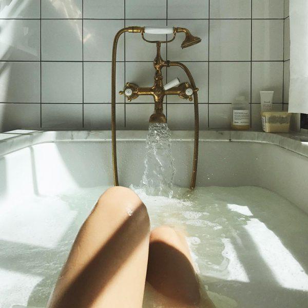 shower-alwaysjudging-1-600x600