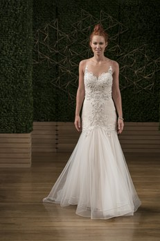 sottero-and-midgley-wedding-dresses-fall-2018-009