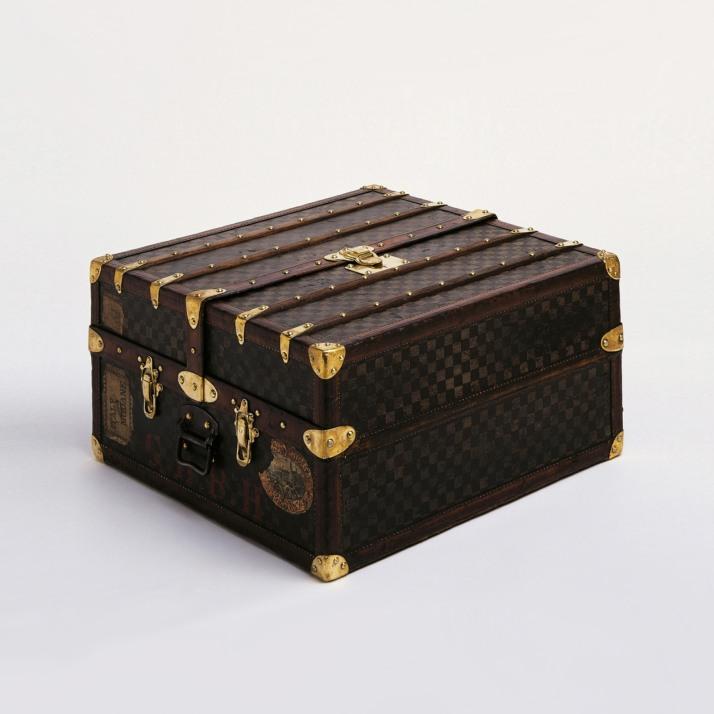 02-trunks-6-1600w