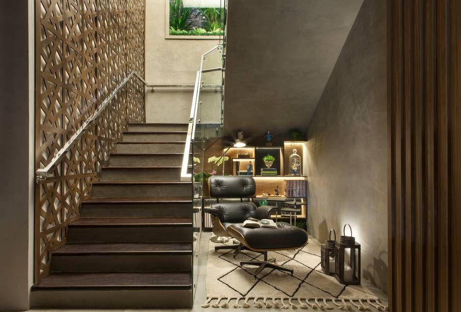 decoracao-escadas-poltrona-eames-embaixo-da-escada-casaccorfranca17-159603-proportional-height_cover_medium